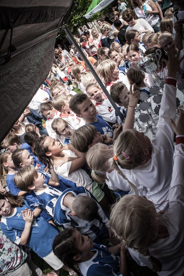 Foto's schoolkorfbaltoernooi 2016 geplaatst